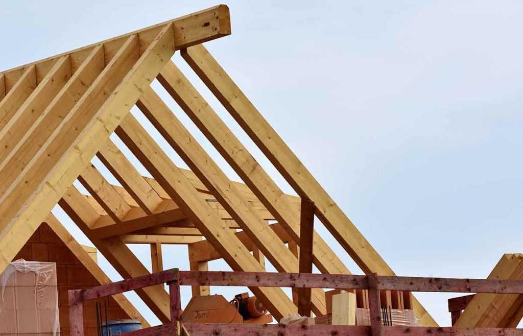 Dachsanierung Dachdecker renovieren